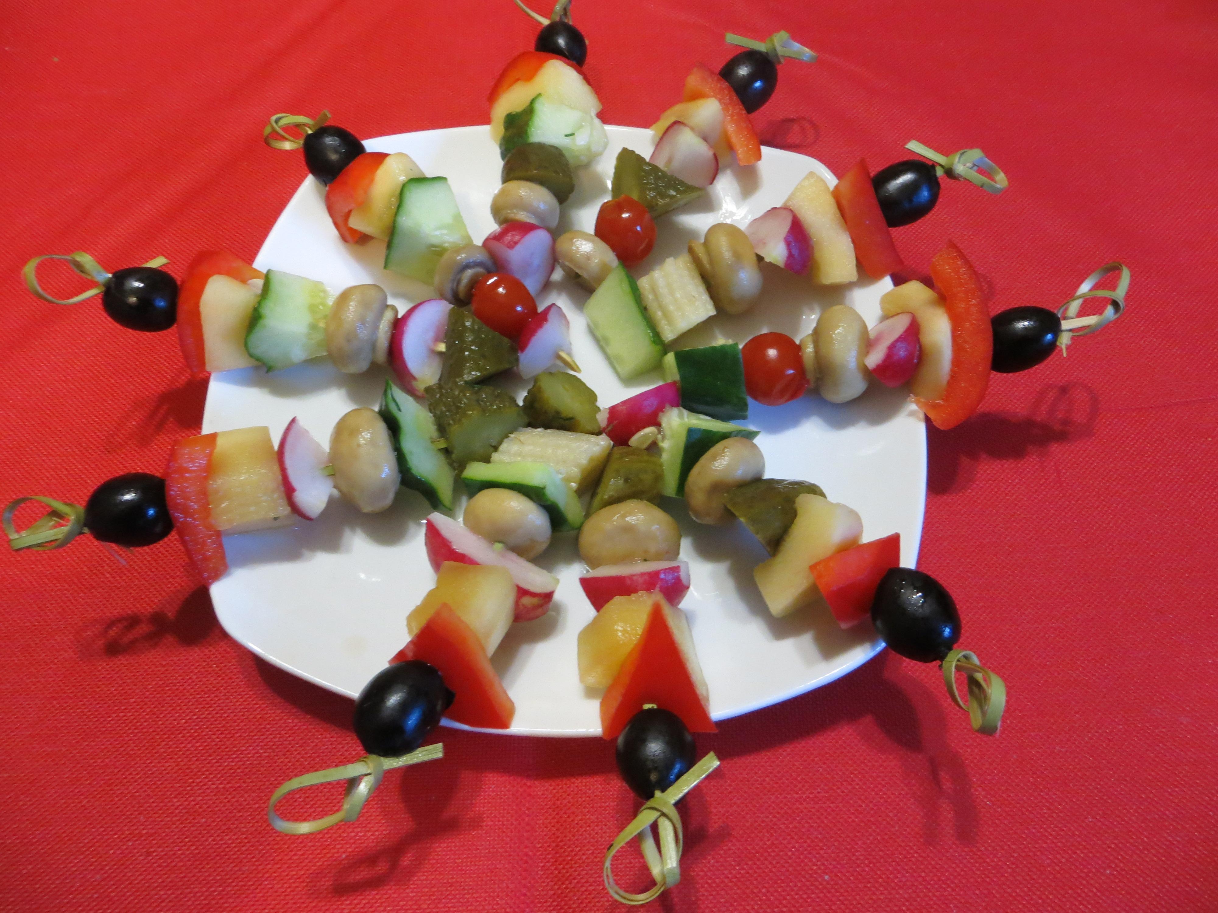 Фото фруктов на шпажке для детей